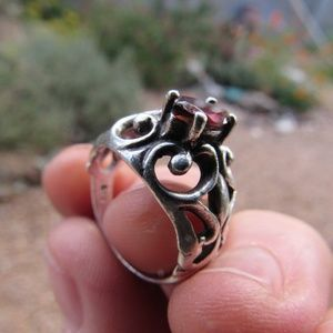 Vintage Silver and Garnet Ring Size 7